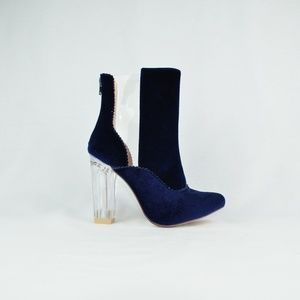 Chase + Chloe Shoes - ⭐️ VELVET BLUE CLEAR CHUNKY HEEL BOOTS
